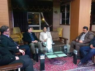 نشست صمیمی دکتر نوروزی رییس فدراسیون پزشکی ورزشی با مدیرکلورزش وجوانان استان