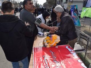 برپایی ایستگاه سلامت در راهپیمایی 22 بهمن در سمنان