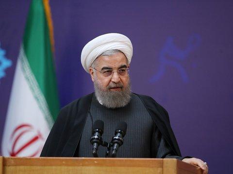 باید برای ایرانی سربلند، در کنار یکدیگر باشیم