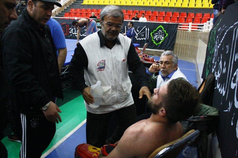 پوشش پزشکی مسابقات پهلوانی قهرمان کشوری در شیراز