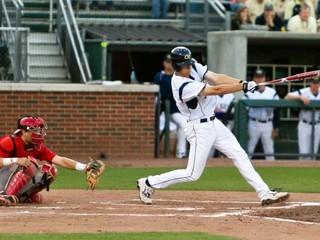 کشیدگی  عضله همسترینگ در ورزش بیسبال