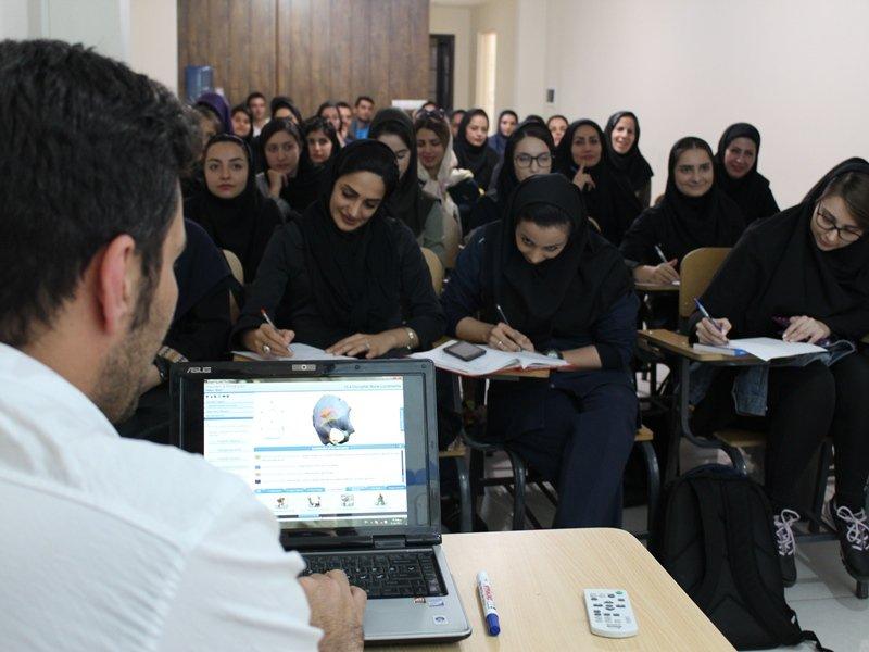 کارگاه آموزشی کمر درد در قزوین برگزار شد