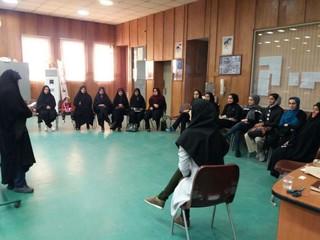 کارگاه آموزش مهارت های زندگی در یزد (مهارت خودآگاهی)