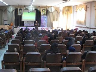 کارگاههای آموزشی آشنایی با بیماریهای واگیردار و کمک های اولیه-زرندکرمان