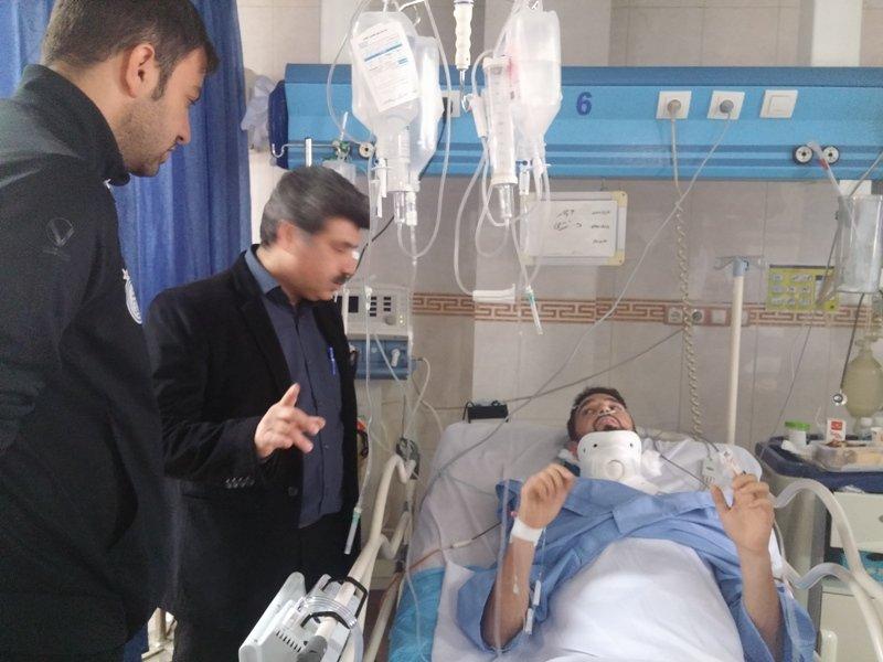 ملاقات رئیس هیات پزشکی ورزشی استان خوزستان  از بازیکن آسیب دیده استقلال