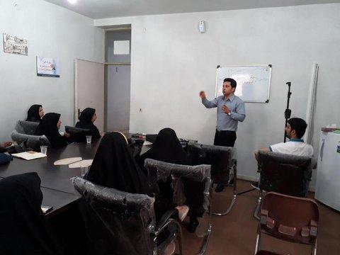 کارگاه روانشناسی ورزشی برای مربیان ورزش فعال شهرستاناردکان یزد برگزار شد
