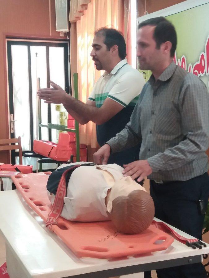 دوره آموزشی کمک های اولیه در گلستان