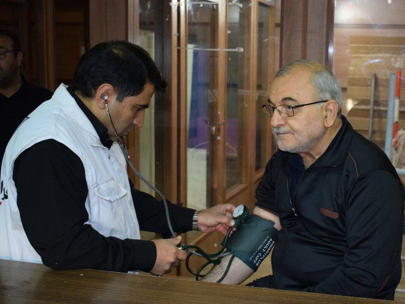 حضور استاندار قم در غرفه هیات پزشکی ورزشی استان