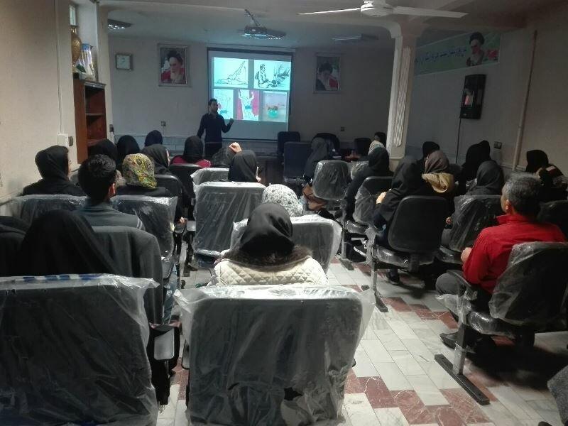 برگزاری کارگاه تخصصی حرکات اصلاحی  و  تیپینگ در شهرستان ساوه
