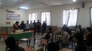 گزارش تصویری/ برگزاری کارگاه یک روزه آموزش احیا قلبی در هنرستان جابربن حیان بوشهر