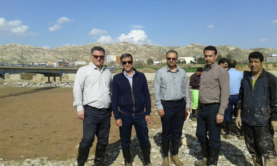 بازدید رییس فدراسیون پزشکی ورزشی از مناطق سیل زده لرستان