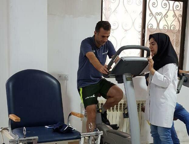 اشکان خورشیدی : در کلینیک هیات پزشکی ورزشی مازندران