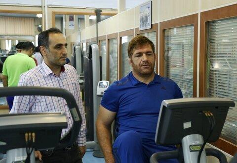 پرویز هادی