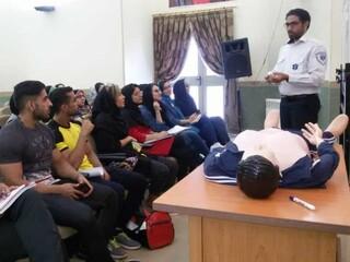 آموزش احیا پایه و کمک های اولیه