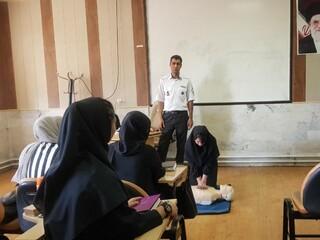 کارگاه کمکهای اولیه در اراک برگزار شد .