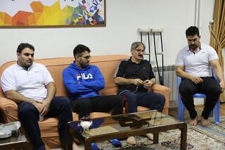 نظارت دکتر حاکمی بر روند تشکیل پرونده سلامت برای ملی پوشان والیبال بانوان