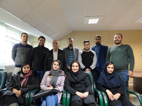 به گزارش دفتر کردستان پایگاه خبری تحلیلی پزشکی ورزشی ایران: مسئول کمیته مسابقات هیات پزشکی ورزشی با حضور پیشکسوتان ورزش به مناسبت روز پرستار طی مراسمی از پرستاران و پزشکیاران ورزشی که با کمیته مسابقات