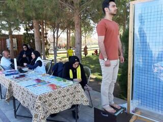 غرفه هیات پزشکی ورزشی یزد درجشنواره بزرگ ورزشی با شعار شادابی و نشاط با ورزش