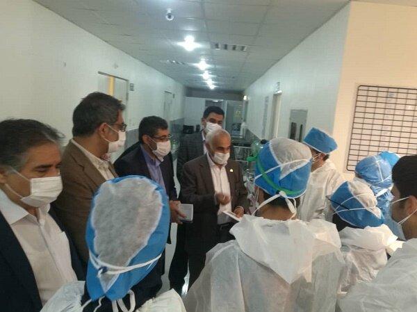 دکتر فتح الهی از بخش بستری بیماران کرونا بیمارستان شهید محمدی بندرعباس بازدید کرد