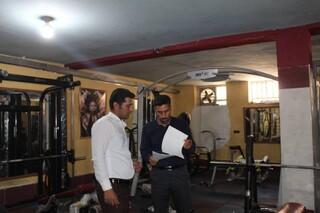 نظارت و بازرسی ناظرین سلامت شهرستان خاتم، در جهت اجرای پروتکل های بهداشتی در اقدام به بازگشایی مراکز ورزشی