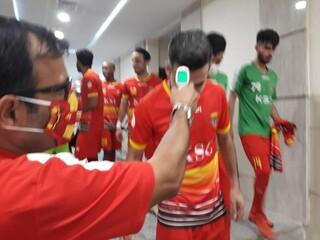 بازی دوستانه بین دو تیم فولاد خوزستان و صنعت نفت آبادان