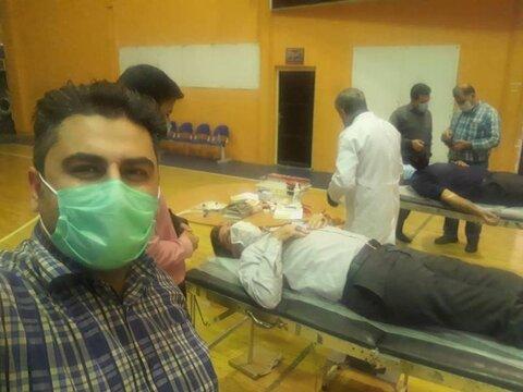 حضور جامعه ورزش و جوانان خوزستان برای اهدای خون در اهواز