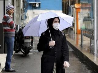 ماسک و باران