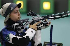 آرمیتا صادقیان( تیراندازی)
