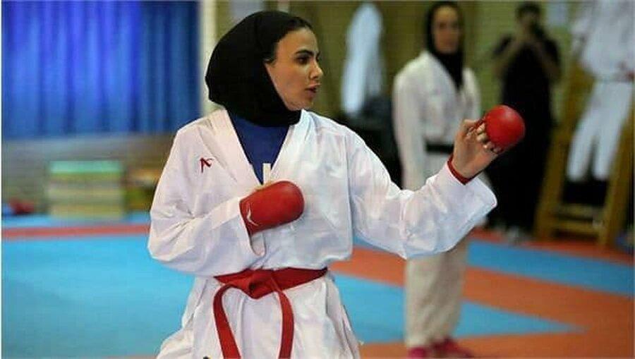 سارا بهمنیار(کاراته)