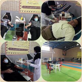 شرکت رئیس هیات پزشکی ورزشی شهرستان داراب فارس به همراه جامعه ورزش این شهرستان در پویش اهدا خون