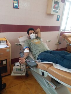 حضور پزشکیاران وجامعه ورزش شهرستان کازرون فارس در پویش اهدا خون