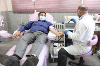 حضور جامعه ورزش استان یزد در پویش اهدا خون